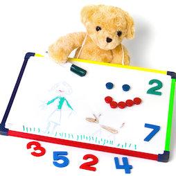 KMWB-2840, Pizarra blanca infantil 28 x 40 cm, para pintar, jugar, escribir y aprender, uso por ambas caras, magnética
